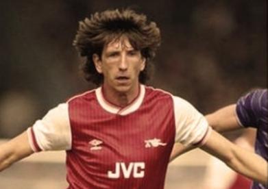 England-Arsenal-Ipswich legend Paul Mariner dead